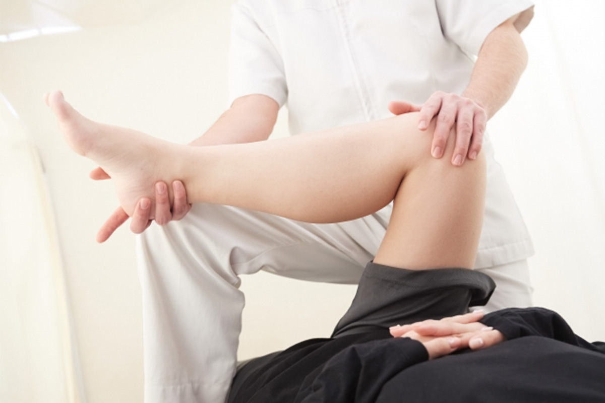 変形性膝関節症の診断と治療イメージ